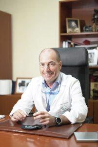 DR. Cesar Leal Graciani
