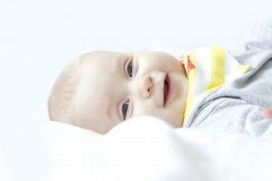 cabeza plana bebés